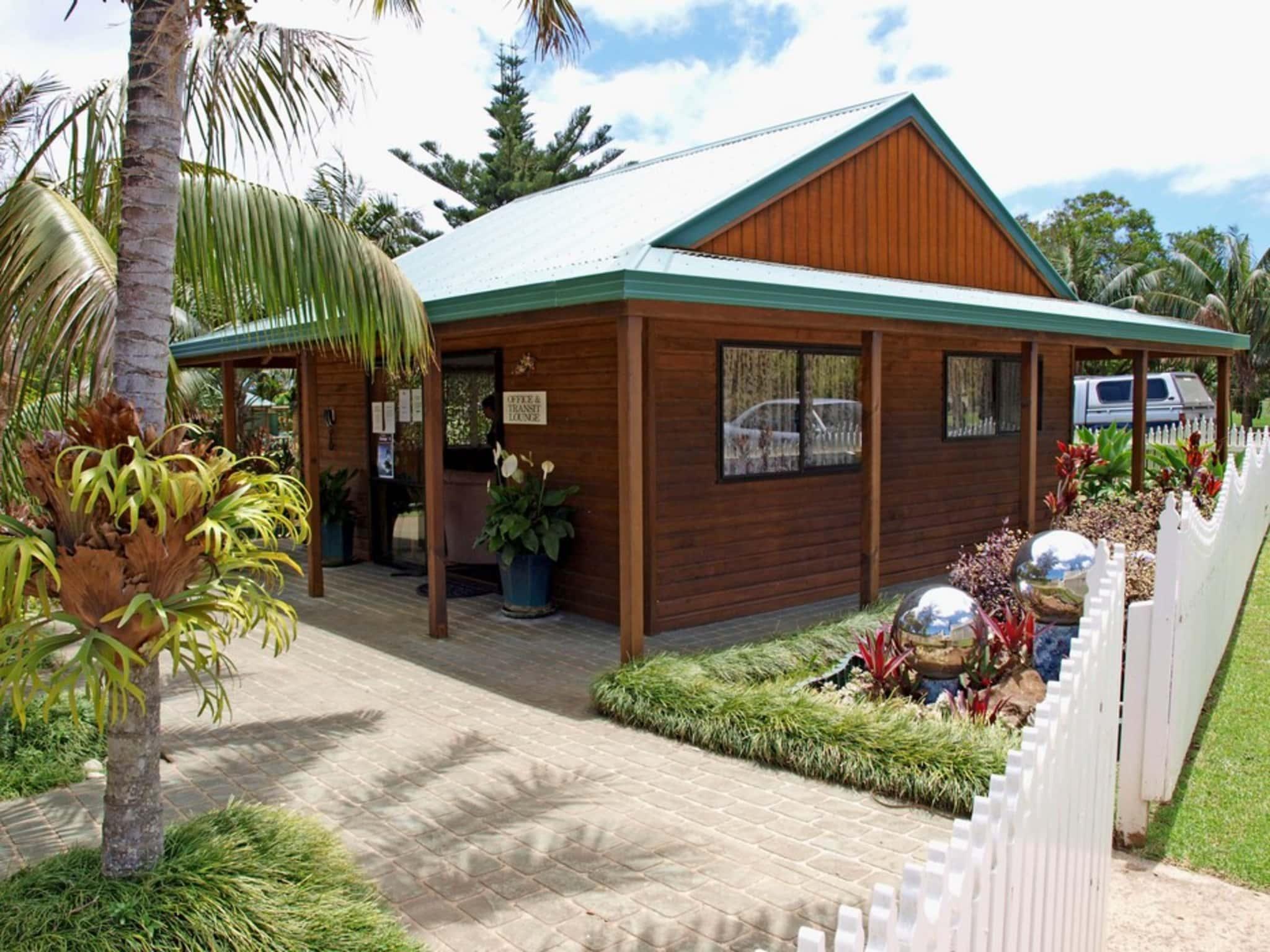 Pine Valley Apartments   Norfolk Island Travel Centre