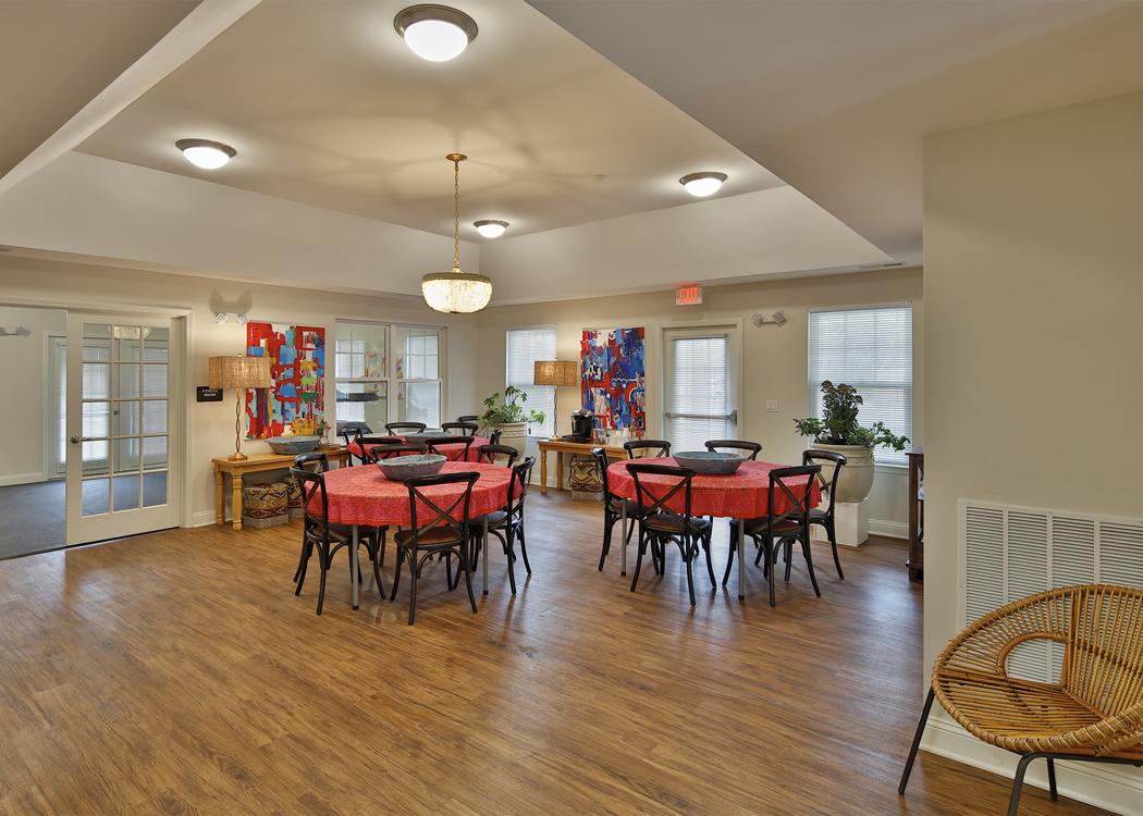 Pine Valley Apartments_Clubroom - Davie Construction