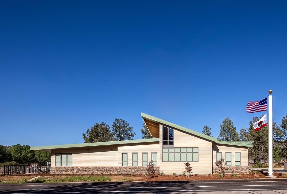 Pine Valley Sheriff's Station - SILLMAN