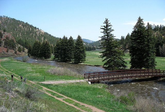 Bridge in Pine Valley Park (With images) | Valley park ...