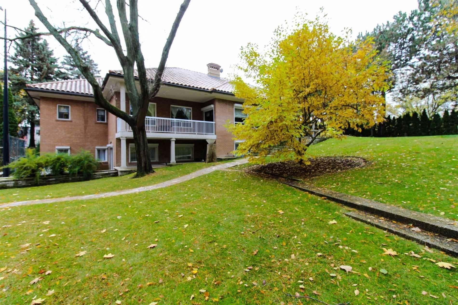 142 Pine Valley Crescent, Vaughan | Zolo.ca