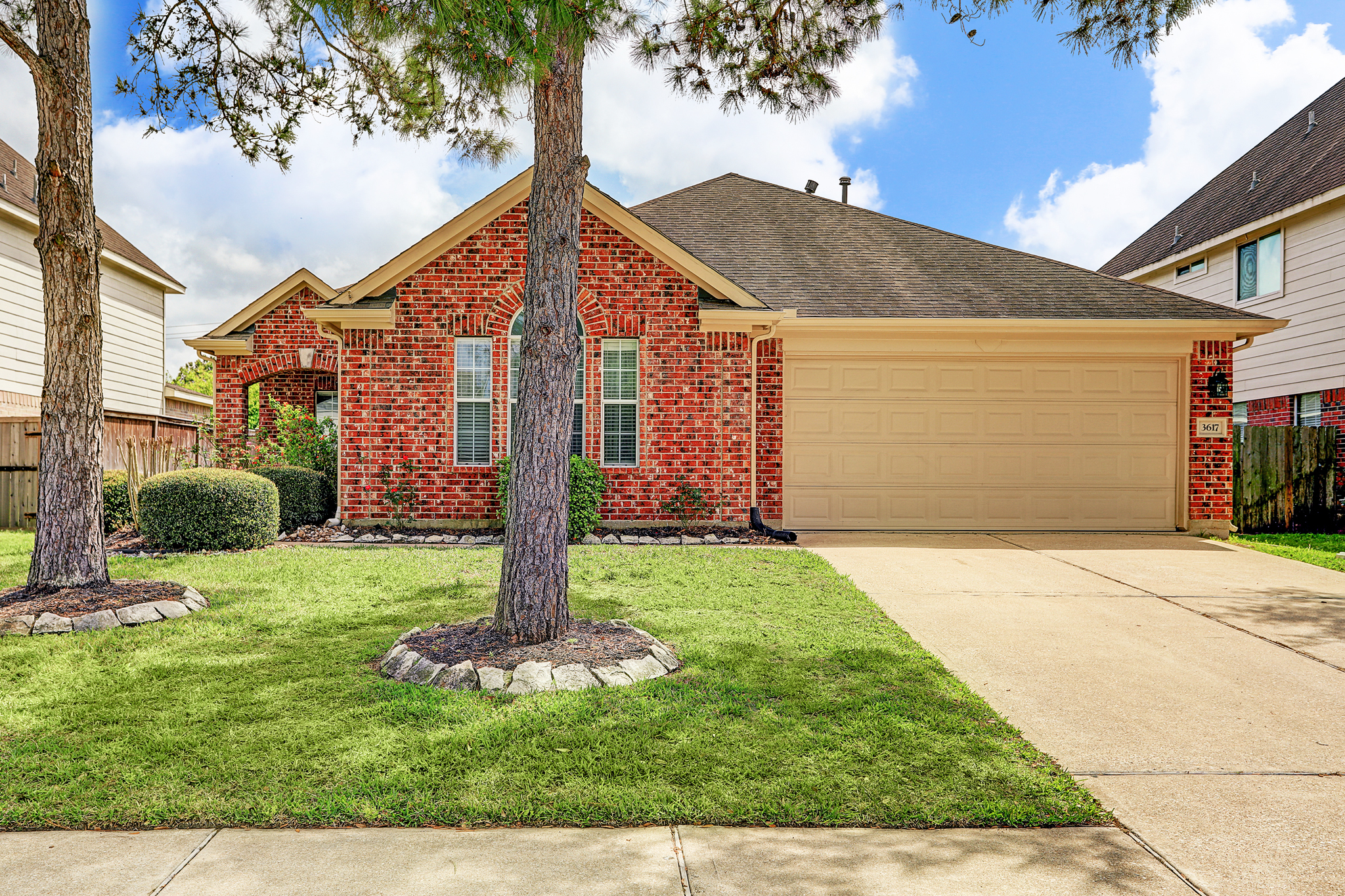 3617 Pine Valley Drive   Pearland Homes For Sale   Christy ...