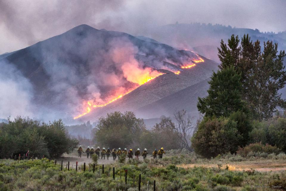 1,600 homes evacuated near Sun Valley, Ketchum as Beaver ...