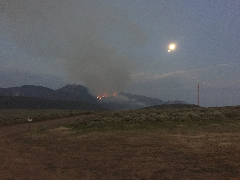 Fire moves toward Pine Valley closing roads, campgrounds ...