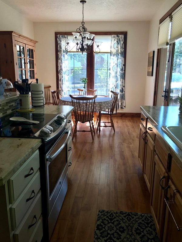 Beautiful Pine Valley Cottage Has Housekeeping Included ...