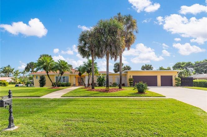 3043 SE Pine Valley St, Port Saint Lucie, FL 34952   MLS ...