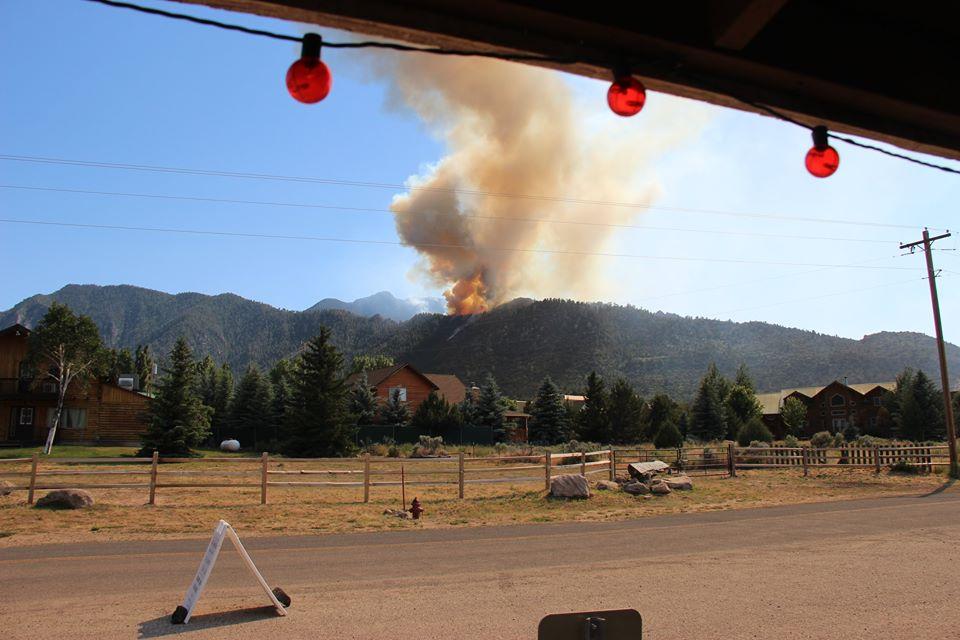 Pine Valley Saddle Fire rages on, advances toward fuel ...