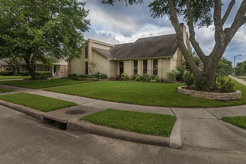 4739 Pine Valley St Pasadena, TX 77505-4321   Pine valley ...