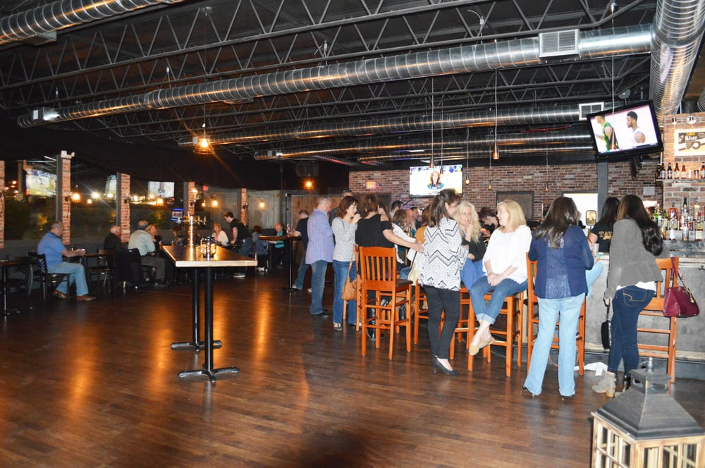 Tavern On Pine - 87 Photos & 46 Reviews - Burgers - 2840 ...