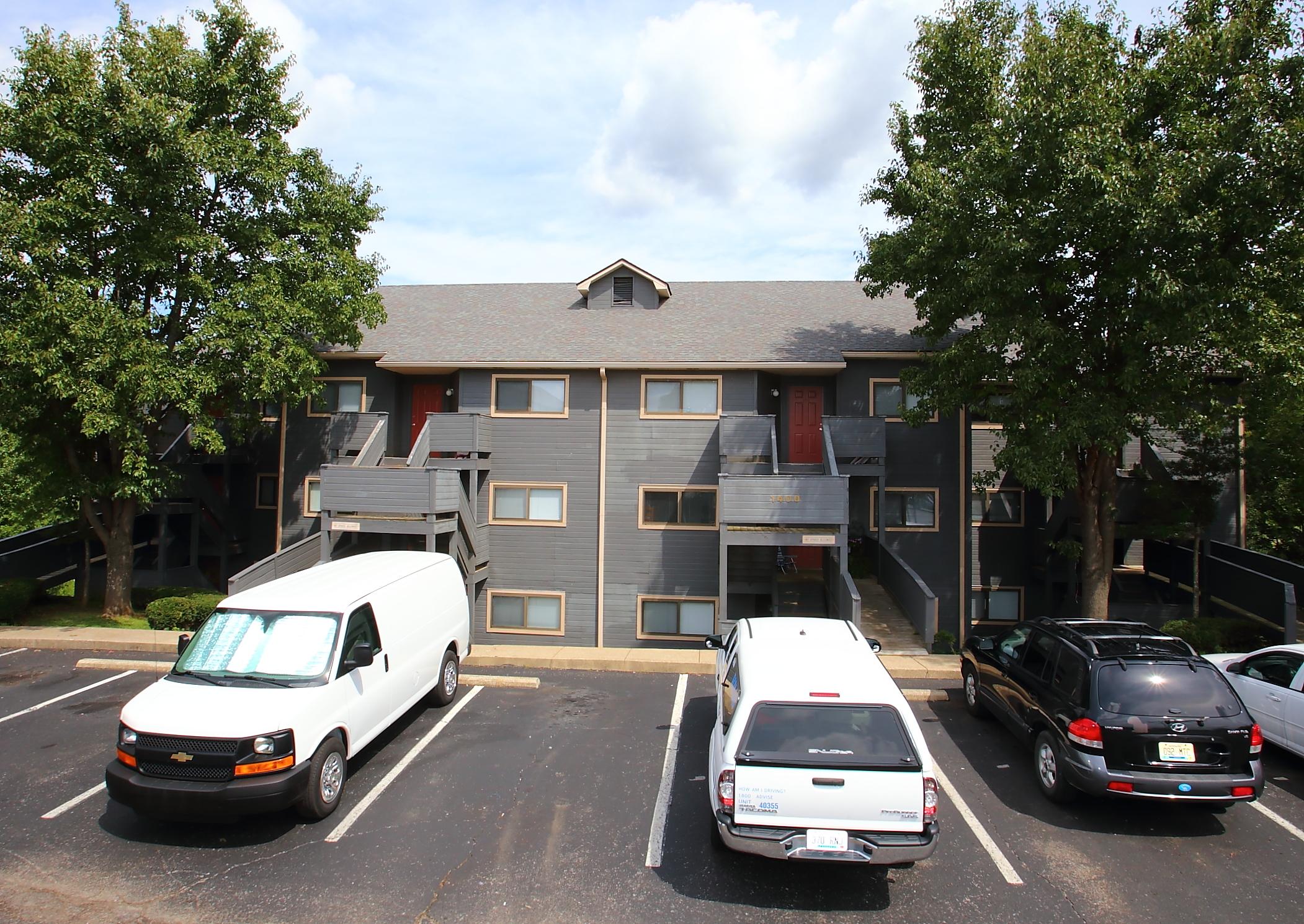 For rent: 1400 Pine Valley Dr, Elizabethtown, KY 42701 ...